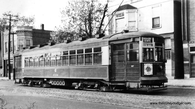"CSL 3132 on Broadway-State. Andre Kristopans adds, ""just a feeling based on background buildings, but I'll bet it's on 119th between Halsted and Michigan."" (Comparison with other photos indicates the location is most likely 119th and Morgan.)"