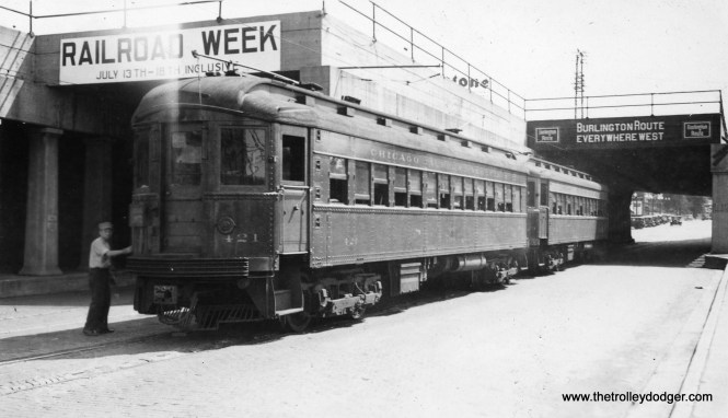 CA&E 421 and 423 street running in Aurora. Since the street running was eliminated in 1939, this photo cannot be later than that date.