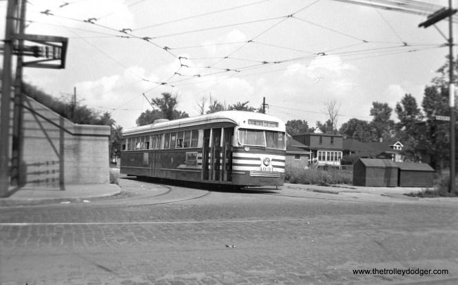 CTA 4031 in the wye at 63rd and Central Park, ready to head east.