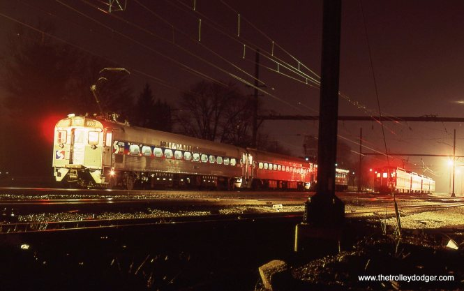 A train of SEPTA Ex-READING Silverliner MUs waits in the yard at West Trenton NJ. 4/6/01