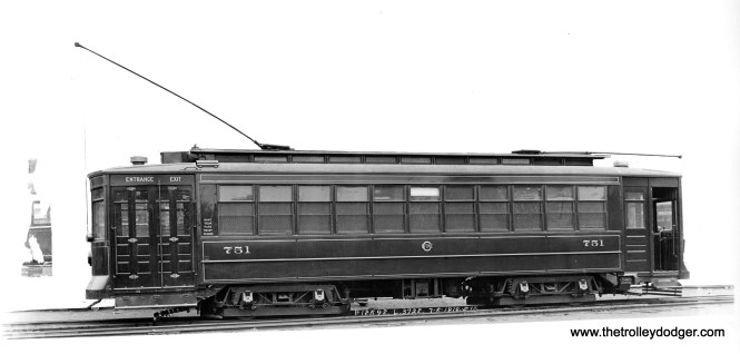 A 1910 builder's photo of Chicago Railways Pullman 751. (Krambles-Peterson Archive)