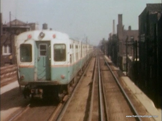 The photographer was on a northbound Evanston train that was pacing a Howard train of 6000s.