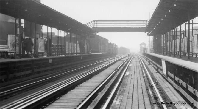 "61st Street on the South Side ""L"". (George Trapp Collection)"