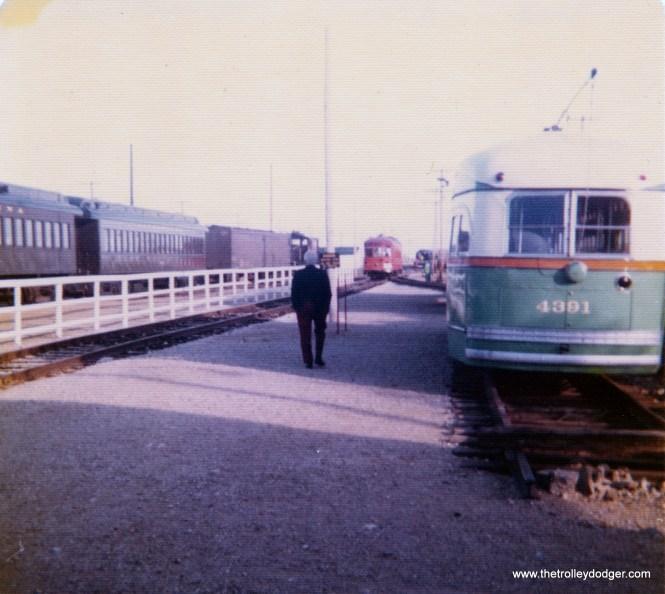 Chicago postwar PCC 4391 at IRM in September 1975.