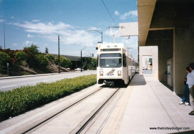 An VTA Santa Clara Valley Transportation Authority LRV at Santa Teresa station in 2000.