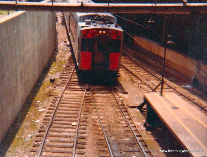 An ICG Highliner at Randolph Street in 1975.