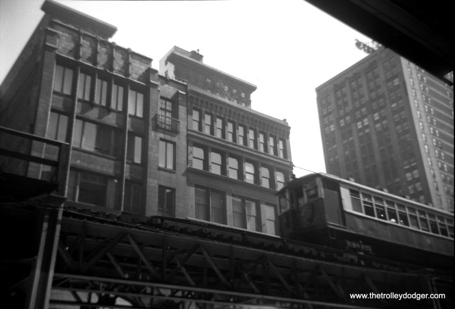"""Another view of the Loop """"L"""" on south Wabash, probably taken near the locations if the other similar photos showing Lake Street trains."""