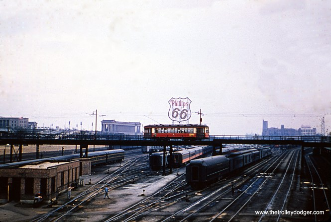 The Roosevelt Road streetcar extension, crossing the Illinois Central on its way back from the Field Museum and Soldier Field. The date is unknown, but service ended in 1953.