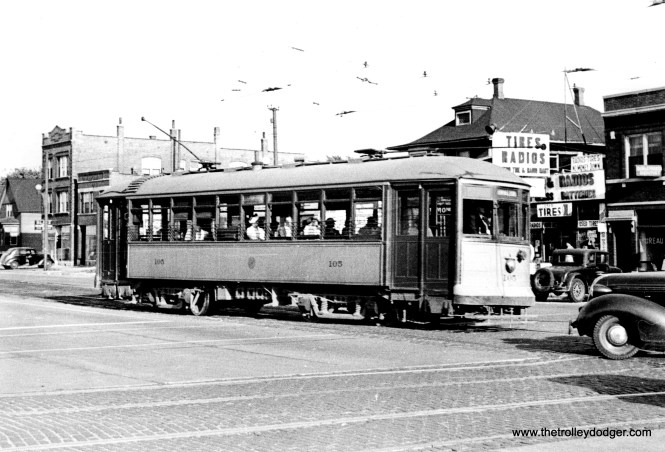 C&WT 105 on Cermak Road. (William Shapotkin Collection)