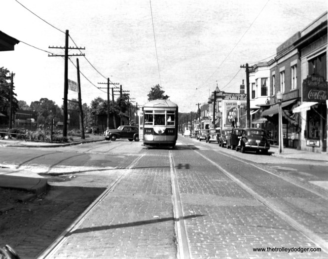 C&WT 112 is eastbound at Stanley and Oak Park Avenue. The CB&Q Berwyn stop is at left. (William Shapotkin Collection)