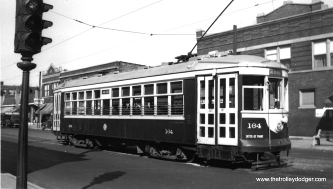 C&WT 164 on Lake Street. (William Shapotkin Collection)