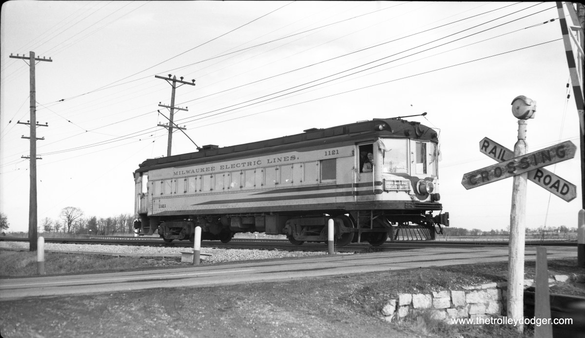 TMER&T 1121, on a December 4, 1949 fantrip on the North Shore Line.