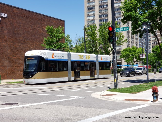 About to turn from Jackson Street to Kilbourn Avenue.