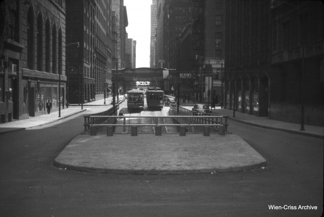 The Washington Street river tunnel at Wacker on May 21, 1951.