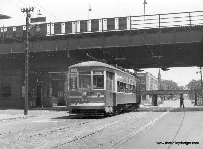 Chicago Surface Lines 3294 near the Ravenswood 'L' station at Montrose (today's CTA Brown Line)