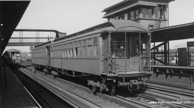 This two-car train (including #299) is at Indiana Avenue station. The photo says this is a Kenwood train, but I am wondering if this is Stock Yards instead.