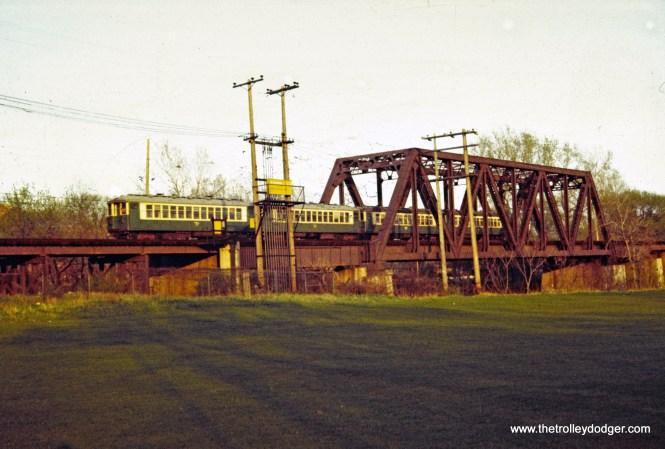 CTA 4000 series Evanston Express North Shore Channel