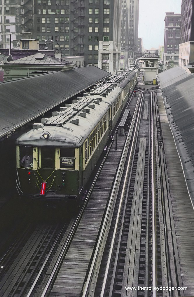 CTA Ravenswood B train on outer loop at Randolph and Wells station, Chicago, IL on June 13, 1968