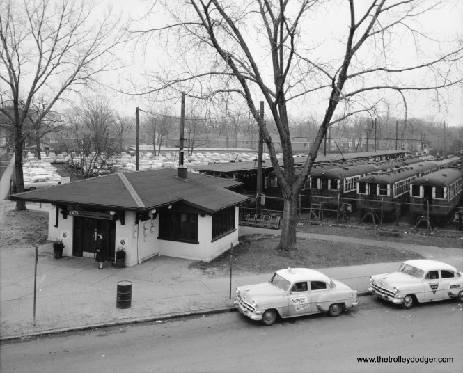 Linden Avenue in the early 1950s.  (Chicago Transit Authority Historical Collection)