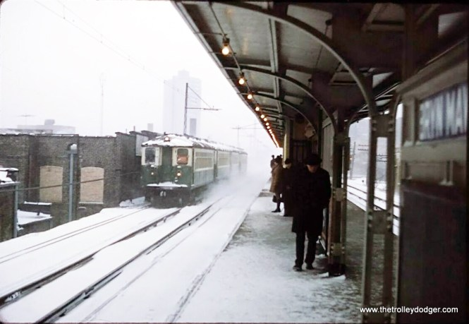 I did not win this auction, but I still think this is a pretty neat picture, of a four-car train of CTA 4000s southbound at Bryn Mawr in 1970. This is a southbound Evanston Express. By then, only freight locos were using the overhead wire here.