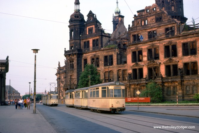 Dresden 264 007 on Line 4 at Dresdner Schloss on June 3, 1978. At the time, Dresden was located in East Germany. (Clark Frazier Photo)