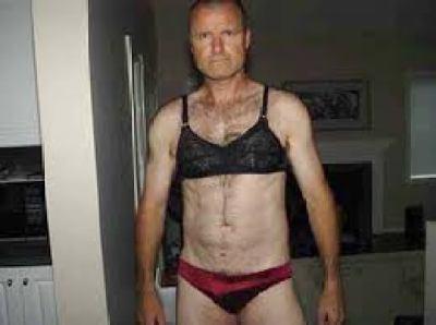 williams-wearing-underwear