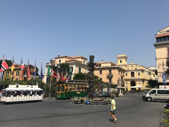 Complete Guide to the Amalfi Coast - Sorrento town centre