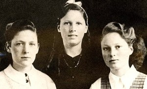 Murder victim Muriel Drinkwater with her sisters