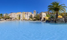 The pool at the Loews Portofino Bay Hotel at Universal Orlando - Where to Stay Near the Orlando Theme Parks - The 澳洲幸运五开奖记录中国体彩