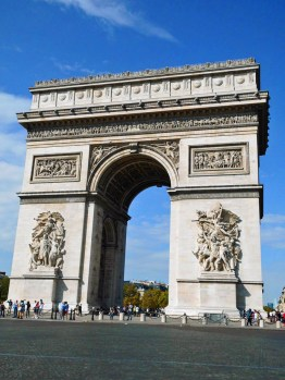 Arc du Triomphe - The Best of France: A Two Week Itinerary - The Trusted Traveller