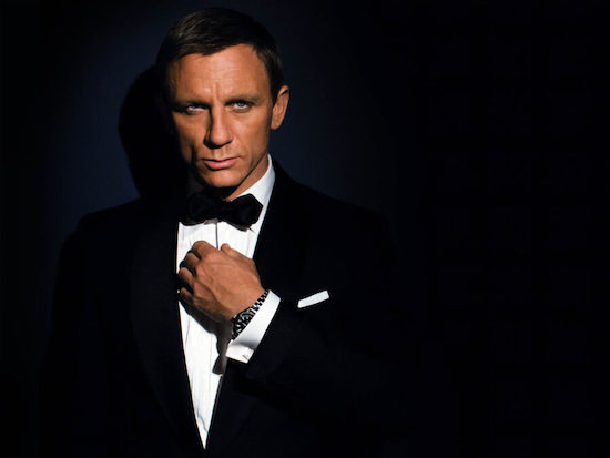James Bond Wearing an OMEGA dive watch