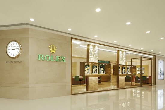Swiss watch sales in Chinese Rolex dealership