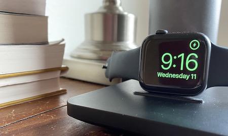 Apple watch 5 (not Apple Watch 6) bedside photo
