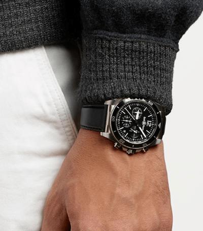 Bell & Ross BR V3-94 Black on wrist