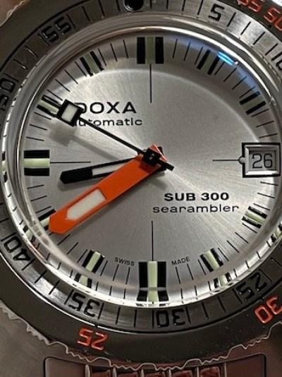 DOXA SUB 300 Searambler closeup