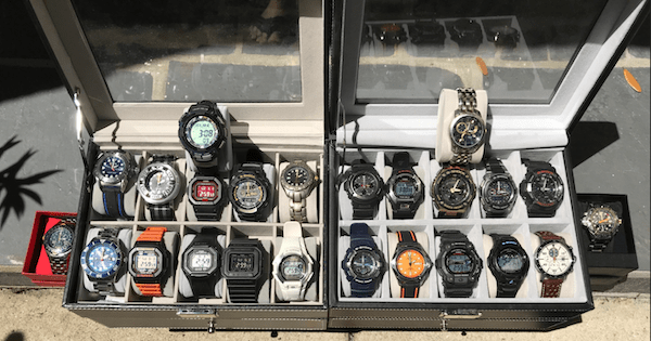 Sunbathing solar watch or 24