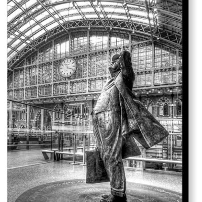 Admiration - Sculpture of Sir John Betjeman at St. Pancras Station - Photograph on Canvas