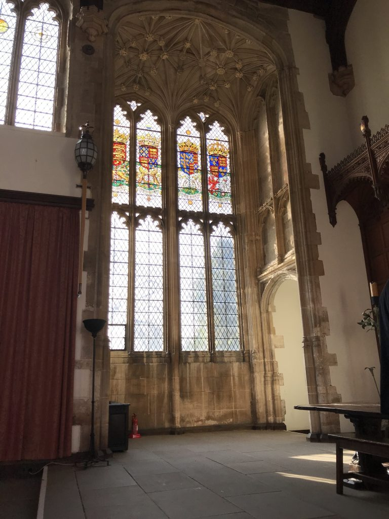 Photo of an oriel window in the great hall of Eltham