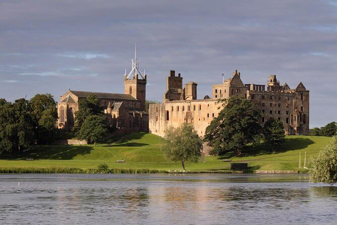 Linlithgow Palace in West Lothian, Scotland, where Mary was born on 8th December 1542