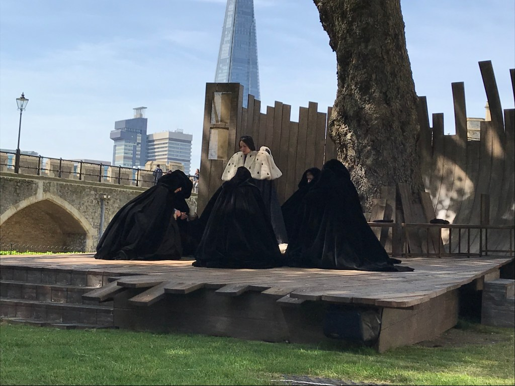 Anne Boleyn prepares to die at the Tower of London