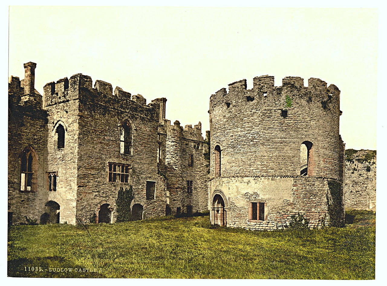 Ludlow Castle: The Chamber Block and Privy Chapel