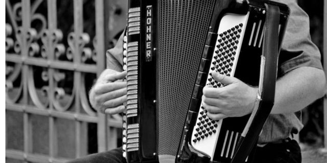 buying accordions