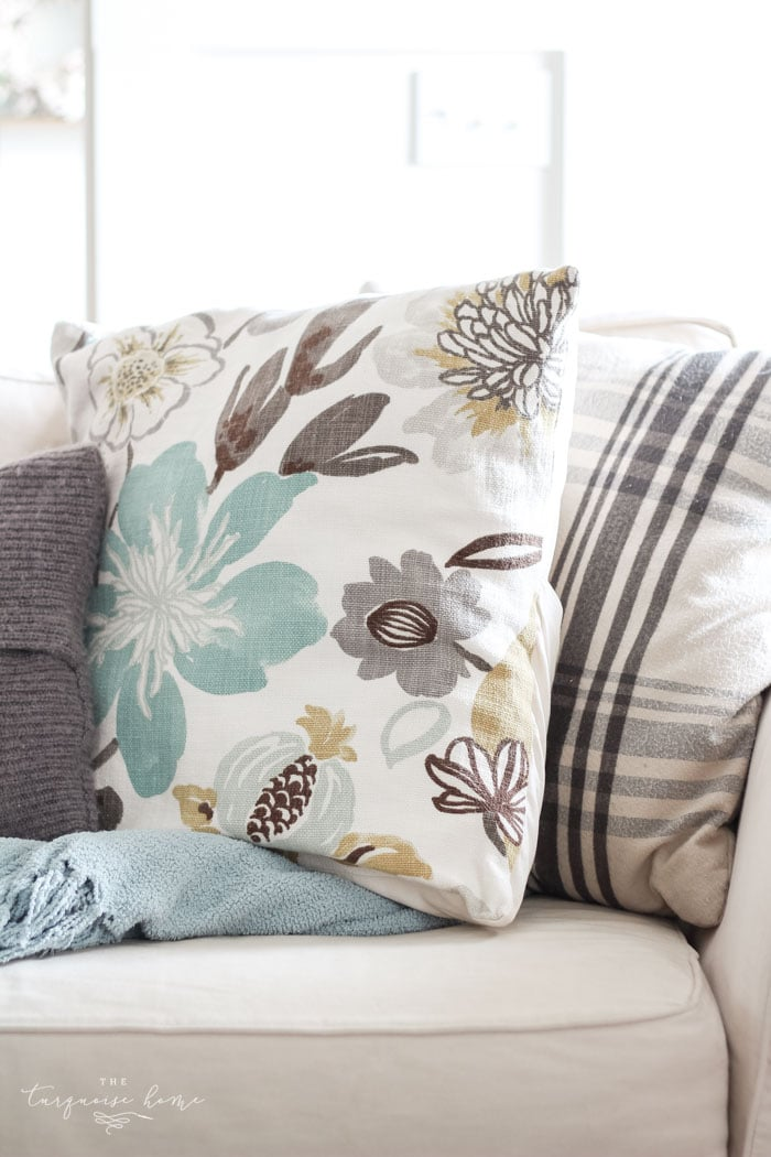 Easy Diy Throw Pillow Covers Step By Step Tutorial