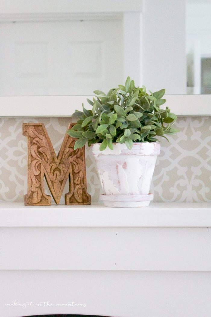 7 Simple DIY Farmhouse Projects  The Happy Housie