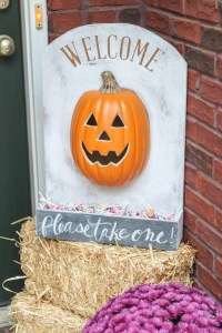 DIY Lighted Pumpkin Candy Holder   The Turquoise Home
