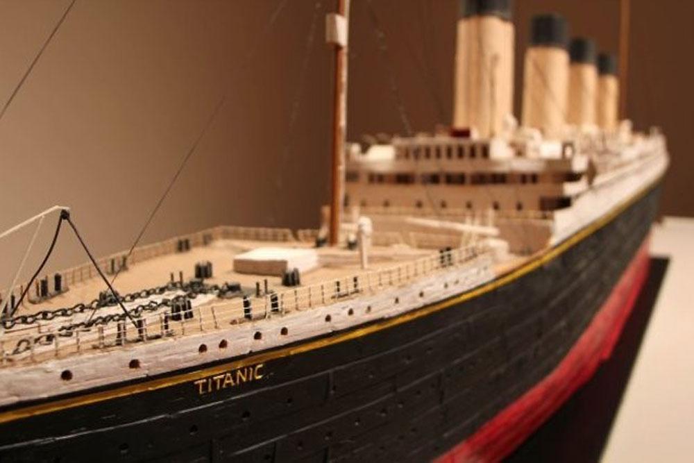 Titanic Miniature-Naples Baker Museum