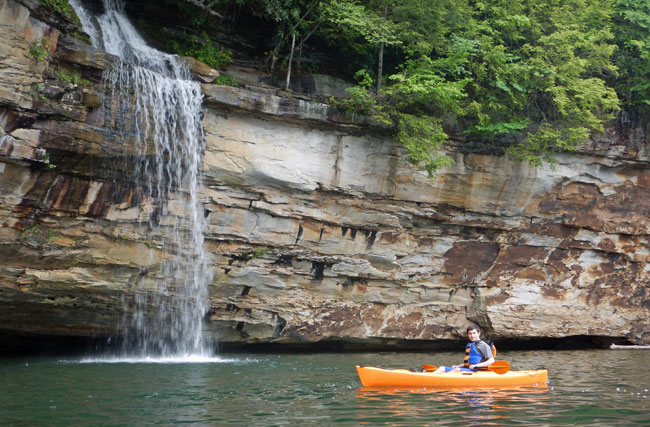 Kayaking on Summersville Lake, WV, with ACE Adventure Resort.