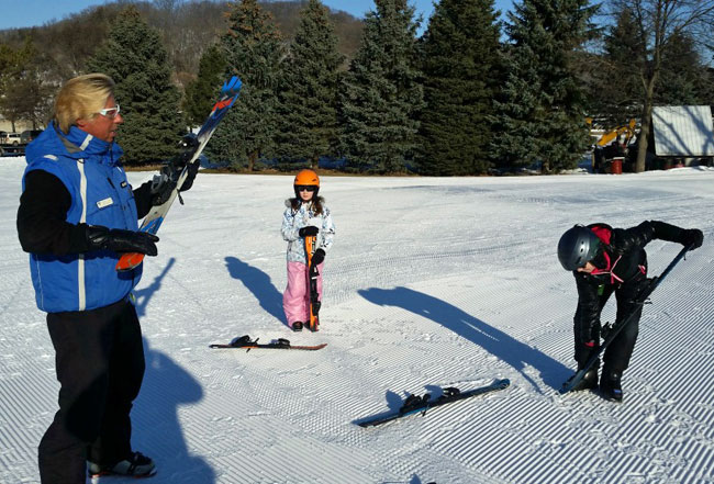 Mount Kato in Mankato, MN offers quality ski lessons.