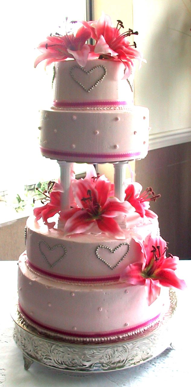 pink wedding cake stargazer lilly harrodsburg danville lexington nicholasville