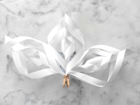 #ChristmasCraftChallenge paper craft ideas diy Christmas decorations paper crafts paper decorations paper snowflakes 3d